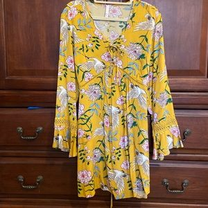 Yellow dress with pockets and bell sleeves!